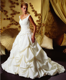 Advice on wedding gown styles that are best for tall plus for Petite wedding dress designers