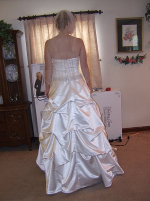 pick up wedding gown bustle