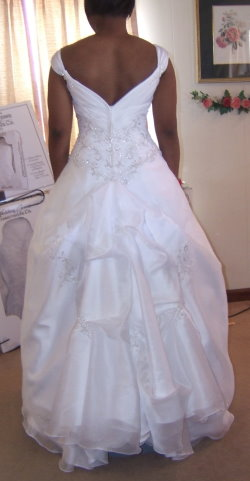 marys bridal wedding dress bustle S075712