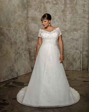 mori lee plus size wedding dress, 3058
