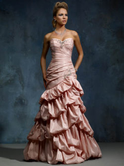 pink wedding dress Mia Solano
