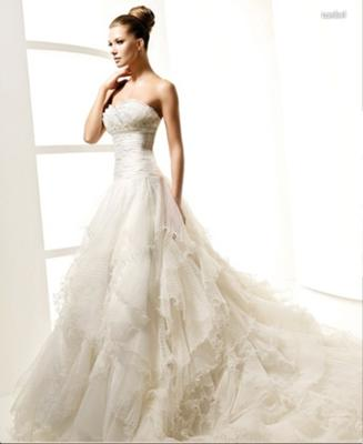 Bought ebay wedding gown copy of la sposa lambel for Perfect wedding dress finder