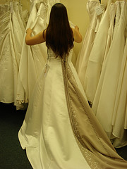 Bride looking for consignment wedding dresses