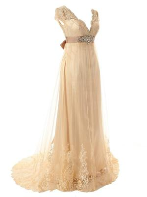 Help does anyone know the original designer of this dress for Perfect wedding dress finder