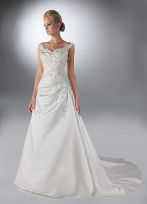 Off the shoulder a-line wedding gown by DaVinci